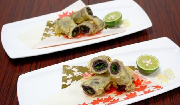 キクラゲの肉巻き天ぷら