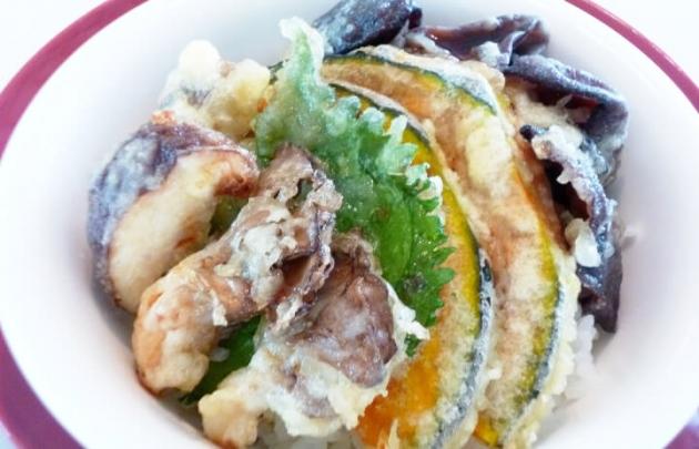 キクラゲとシイタケのきのこ天丼